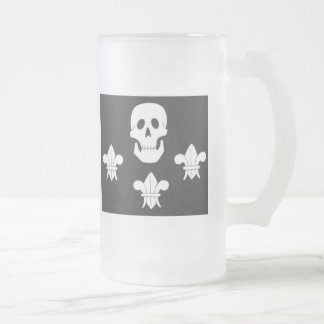 JOLLY ROGER SKULL AND THREE LILIES FLAG FROSTED GLASS BEER MUG