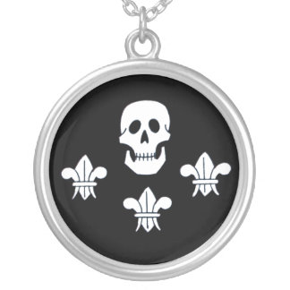 JOLLY ROGER SKULL AND THREE LILIES FLAG SILVER PLATED NECKLACE
