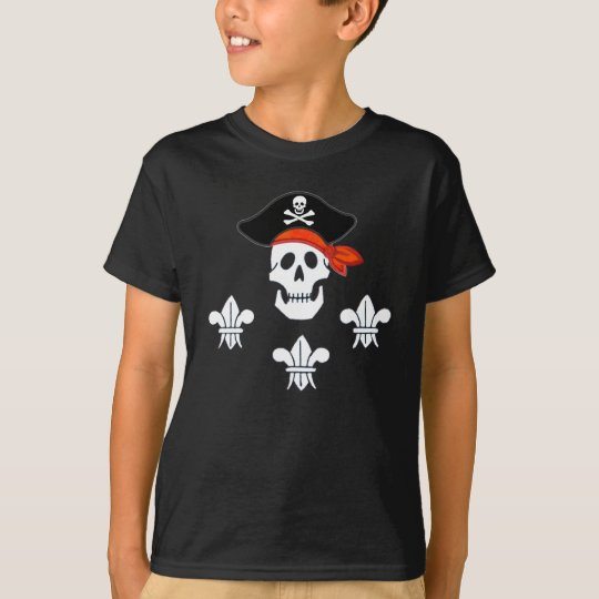 JOLLY ROGER SKULL, PIRATE HAT  AND THREE LILIES T-Shirt