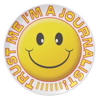 Journalist Trust Me Smiley Plate