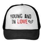 jóvenes y en amor gorro