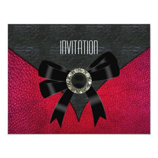 Joya de cuero negra rosada de la invitación