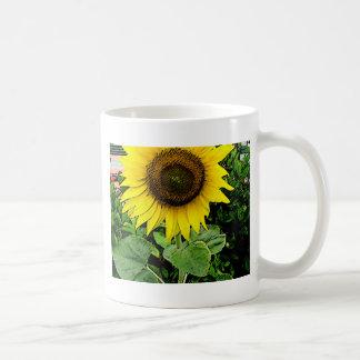 Joya en el jardín taza