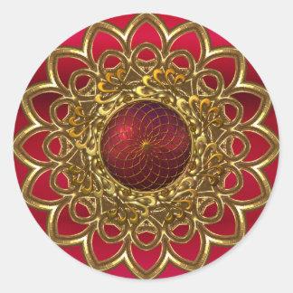 Joya roja brillante de la flor del oro del pegatin