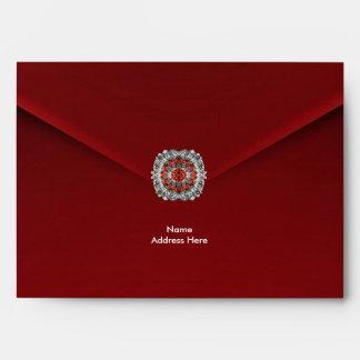 Joya roja del diamante del terciopelo del sobre