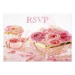 Joyas, cajas y flores RSVP del rosa Invitación