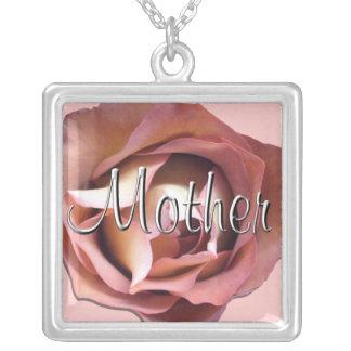 """Joyería - collar - """"madre color de rosa oscura """""""