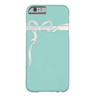 Joyero azul del huevo del petirrojo con la cinta funda de iPhone 6 barely there