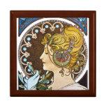 Joyero del regalo de Nouveau del arte del penacho  Caja De Regalo