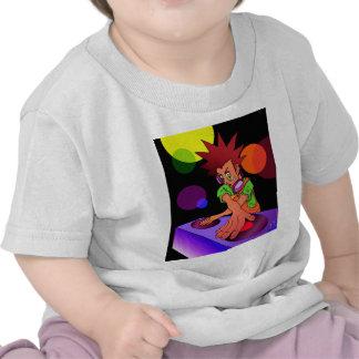 Jr. del animado de DJ Camiseta