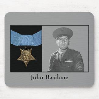 Juan Basilone y la medalla de honor Tapete De Ratón