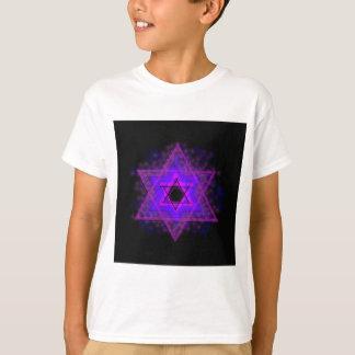 Judaica,… brillando intensamente en oscuridad playera