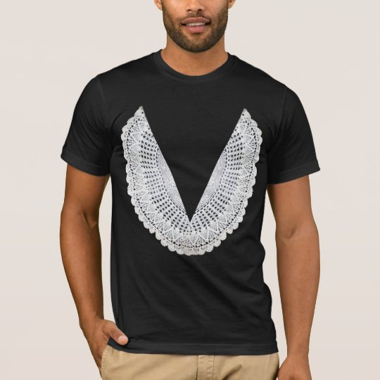 Judge Judy Judging Robe (straight doily) T-Shirt