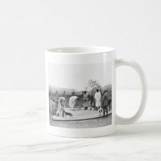 Judging Beagles, 1914 Coffee Mug