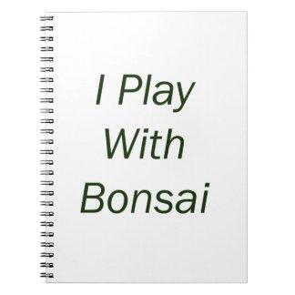 Juego con el texto del verde de los bonsais libretas