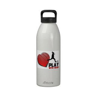 Juego con la botella de la libertad del fútbol de  botellas de beber