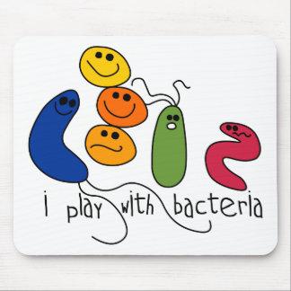 Juego con las bacterias mouse pad