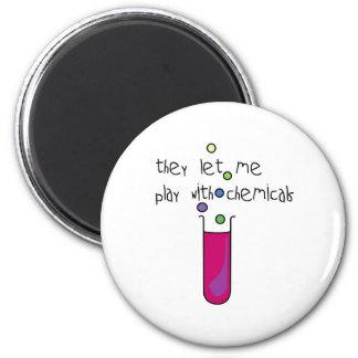 Juego con las sustancias químicas imán redondo 5 cm