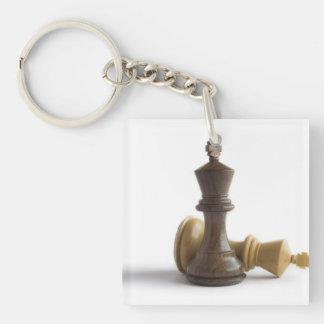 Juego de ajedrez encima llaveros