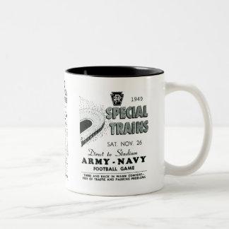 Juego de la marina de guerra del ejército vía el f tazas de café