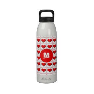 Juego de la tarjeta de los corazones con el monogr botellas de agua reutilizables