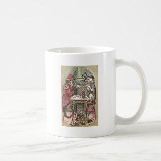 Juego de póker entre el mono y el dogo taza de café