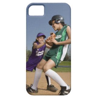 Juego de softball de la liga pequeña funda para iPhone 5 barely there