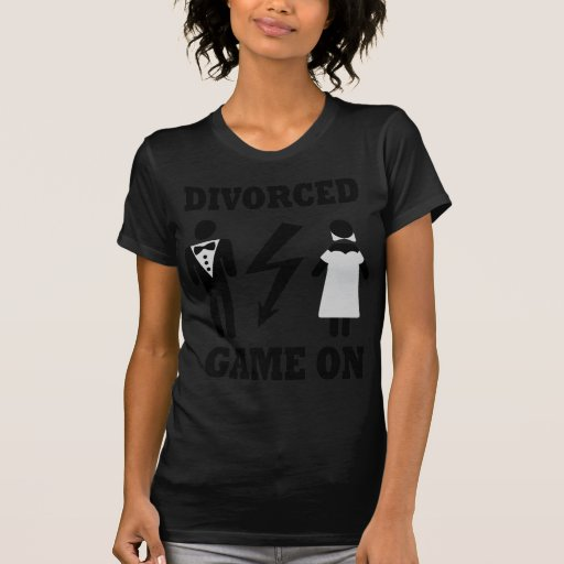 juego divorciado en icono tee shirts