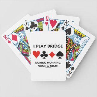 Juego el puente durante mañana, mediodía y noche baraja