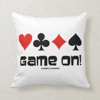 ¡Juego encendido! (Cuatro juegos de la tarjeta) Cojines
