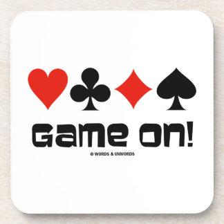 ¡Juego encendido! (Cuatro juegos de la tarjeta) Posavasos De Bebida