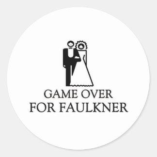 Juego encima para Faulkner Pegatina Redonda