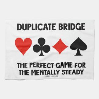 Juego perfecto del puente duplicado para toallas