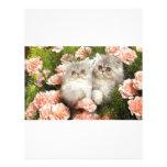 Juego persa de los gatitos en flores rosadas membrete personalizado
