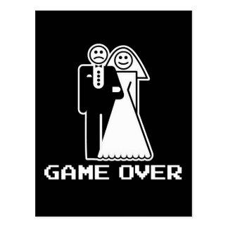 Juego sobre juego de la boda sobre la camiseta tarjeta postal