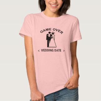 Juego sobre (la camiseta de la fecha del boda) playeras
