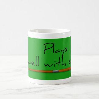 Juegos bien, taza divertida del refrán