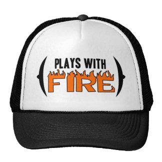 Juegos con el fuego gorros bordados