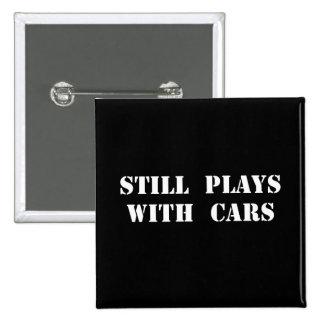 Juegos con los coches pin cuadrado