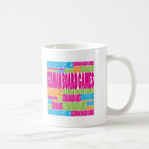Juegos de mesa alemanes coloridos tazas de café