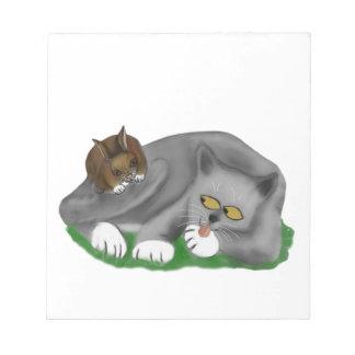 Juegos grises del gatito con su conejito PAL Blocs De Notas