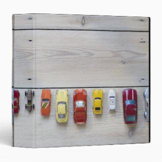 """Juegue los coches alineados en una fila en piso carpeta 1 1/2"""""""