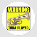 Jugador amonestador de la tuba etiquetas redondas