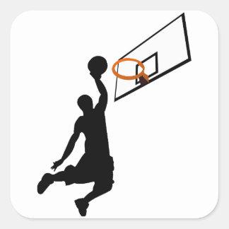 Jugador de básquet de la clavada de la silueta pegatina cuadrada