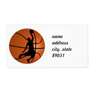 Jugador de básquet de la clavada etiqueta de envío