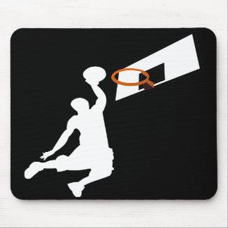 Jugador de básquet de la clavada - silueta blanca alfombrillas de ratones