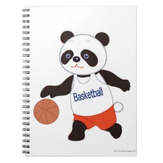 Jugador de básquet de la panda que gotea cuaderno