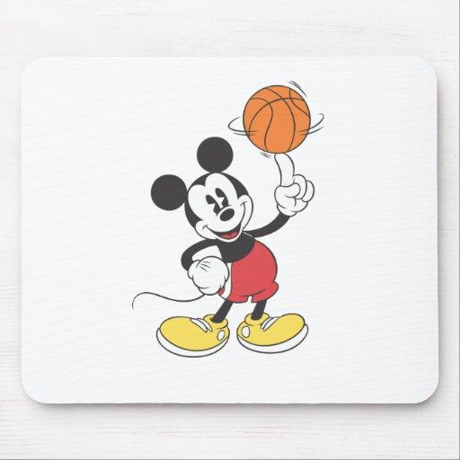 Jugador de básquet de Mickey Mouse Alfombrillas De Ratones