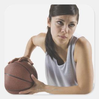 Jugador de básquet de sexo femenino pegatina cuadrada
