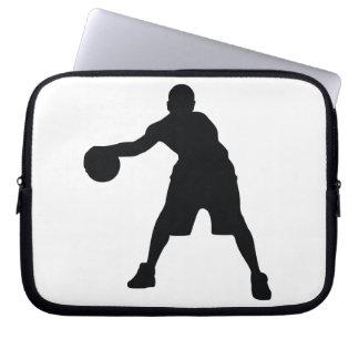 Jugador de básquet mangas computadora
